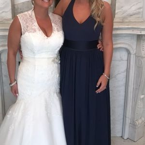 """Vera Wang """"V Neck Halter Gown withSash"""""""